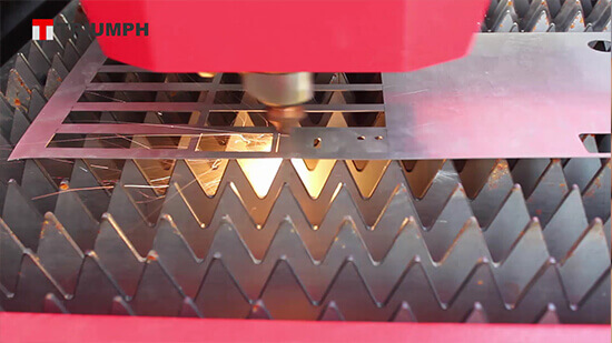 Fiber laser cutting 1mm stainless steel