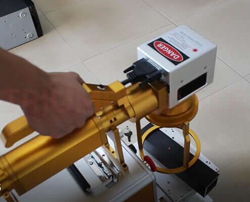 Hand Held Fiber Laser Marking Machine (2)