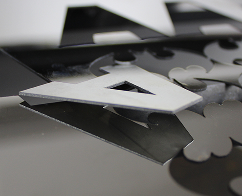 fiber laser cutter sample