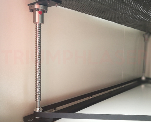 Auto focus laser cutting machine with up down working table for Table up down extensible